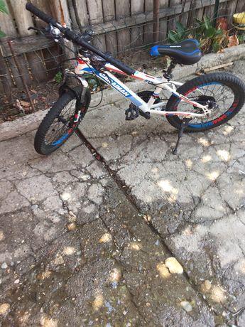 Bicicleta pt copiii