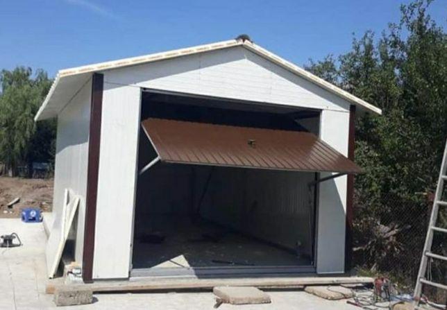 Vand garaje pe structura metalica învelită cu panouri sandwich