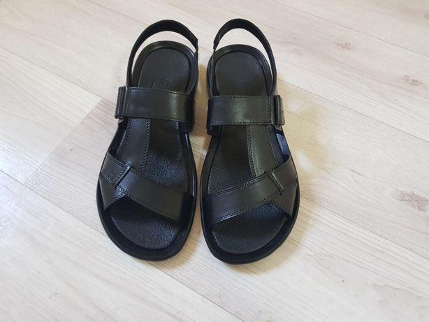 Продам мужские кожаные сандали