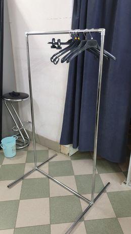 Продам стойку для одежды