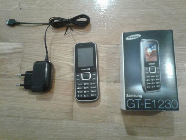 Telefon Samsung 1230