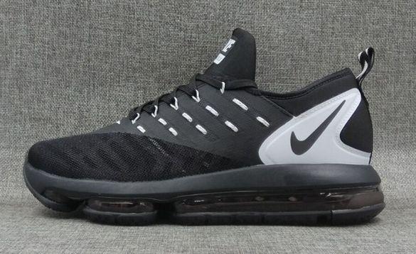 Мъжки маратонки Nike air max DLX налични 40 и 43 номер