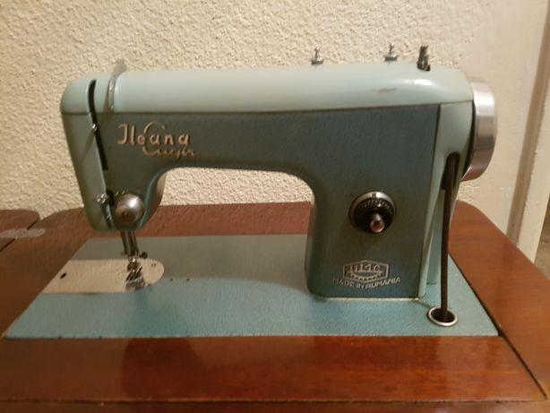 Masina de cusut Ileana, model 1964.
