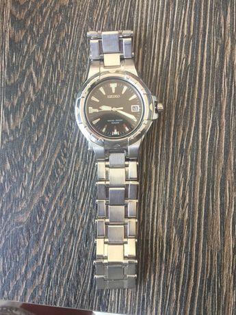 Vând ceas seiko impecabil