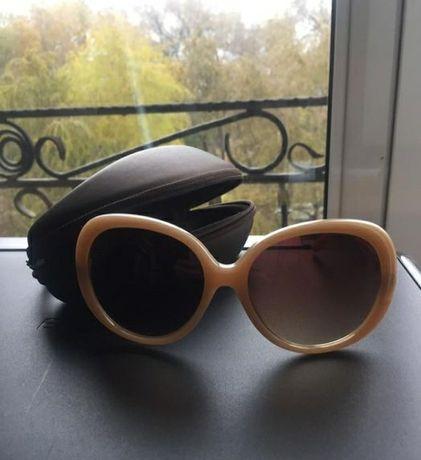 Продам солнечные очки Mary Kay