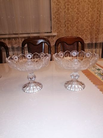 Продаётся хрустальные вазы