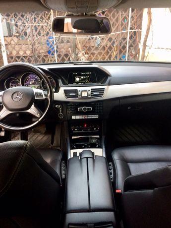 Vand Mercedes E 300 Hybrid 2013 luna a 9 a