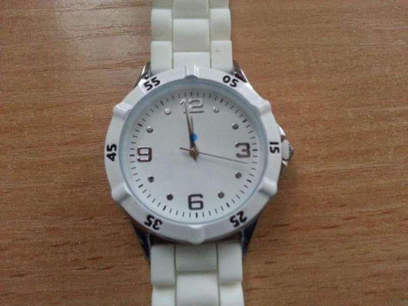 Дамски часовник Ив Роше - нов