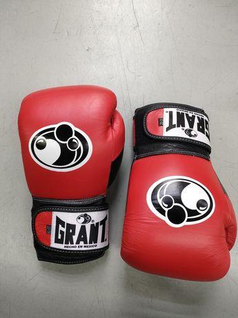 Перчатки для бокса и ММА