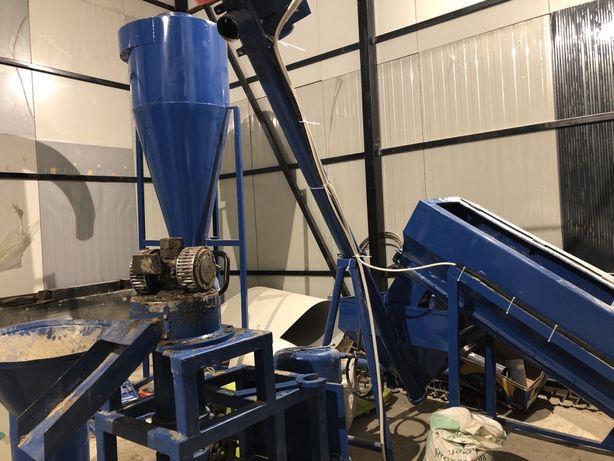 Granulator/Presa industriala, furaje: 15 kw, 400-500 kg/h