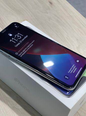 IPhone X 64 гигабайт
