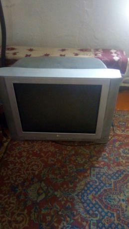 Продам большой хороший телевизор