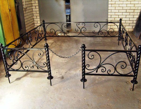 Оградка(могильных)оград