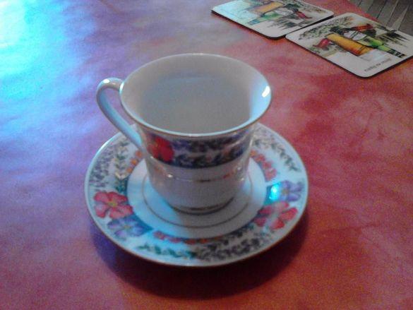 Продавам НОВ сервиз за кафе
