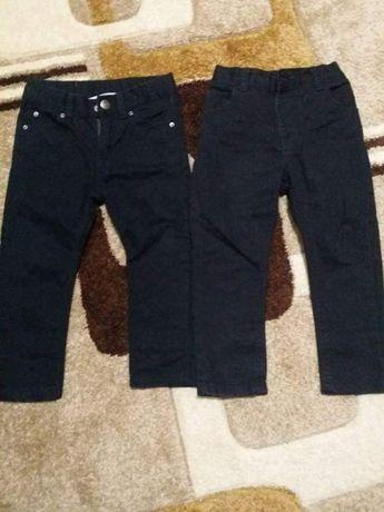 Pantaloni negrii skiny 2-4 ani.