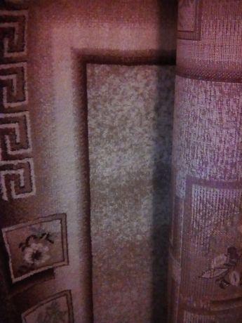 Продавам килими, пердета