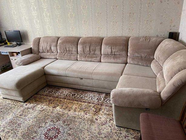 Угловой раскладной диван производства Украина с банкеткой