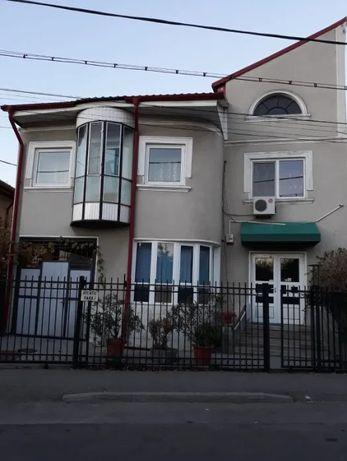 Inchiriez casa Targu Jiu, zona Piata Mica