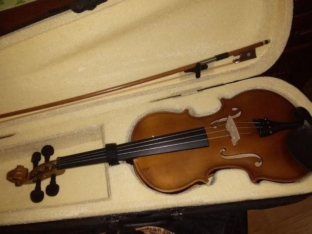 Скрипка 3/4, в магазинах намного дороже