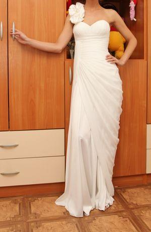 Сватбена/булчинска рокля на Стоян Радичев