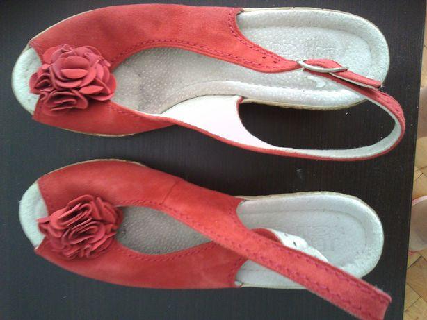 Sandale din piele ara !