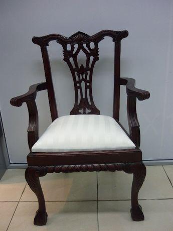 "Топ цена!!!Стол от махагоново дърво ""Чипъндейл"".ID номер 1038"