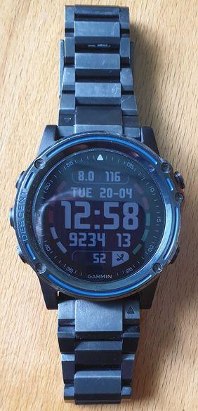 Водолазен смарт часовник Garmin Descent Mk1