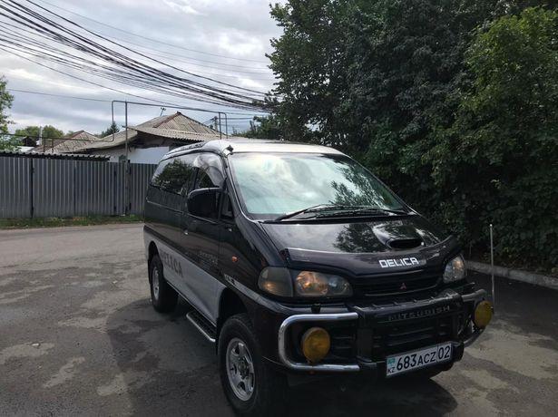 Продам машину  Mitsubishi delika