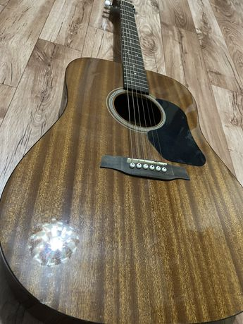Гитара Walden d351