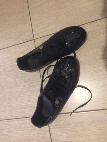 Футболни обувки Uhlsport - бутонки