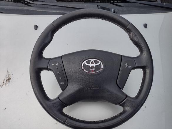 Мулти функционален волан Тойота авенсис 2006
