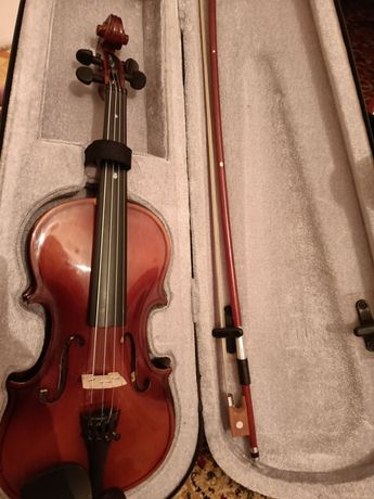 Скрипка 1/4 новая!