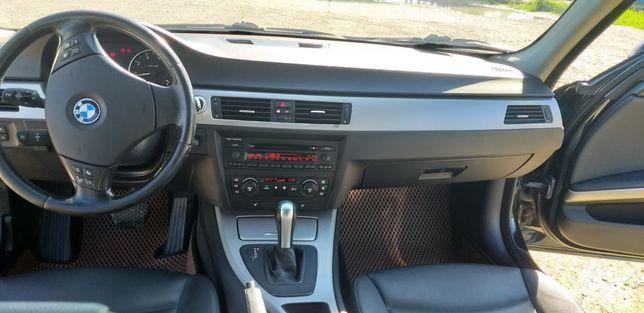 Продам BMW 320I  2006 г