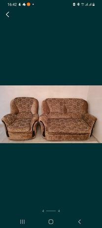 Диван тахта с двумя креслами
