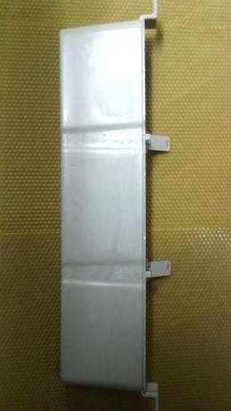Вътрешна хранилка 1.2 л за пчелни кошери-пчеларски инвентар