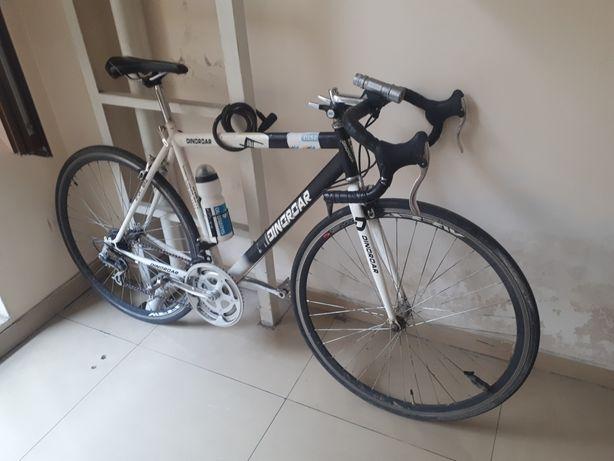 Велосипед шоссейный идеальное состояние