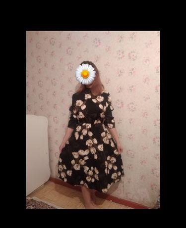 Платье Одевала только раз состояние новая цена 4000 возможен торг