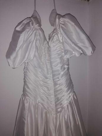Rochie de mireasa, model  deosebit