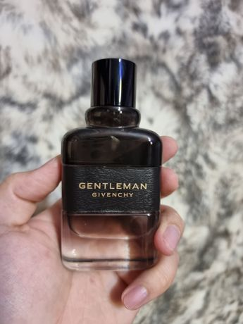 Продам парфюм givenchy gentlemen