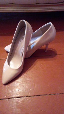 Туфли женские,модные