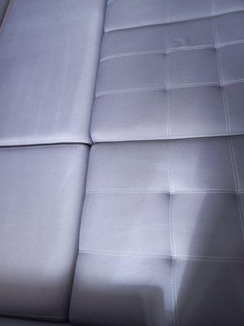 Химчистка мягкой мебели, матрасов, ковров.