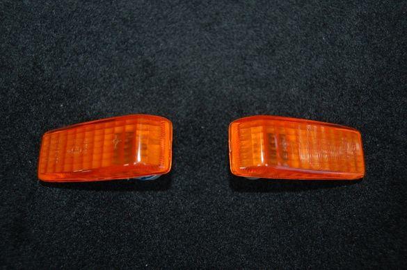 Мигач към калник на Мерцедес W124 -оранжеви/бели