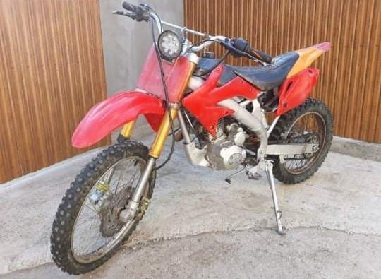 Moto Cross 150 cc