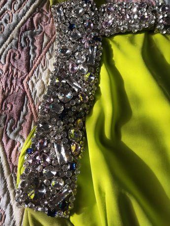 Нарядное платье в Алматы