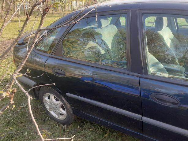 Usa dreapta spate Renault Laguna 1 an 2001