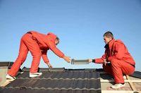 Montaj acoperisuri hidroizolatii si reparatii de ugenta