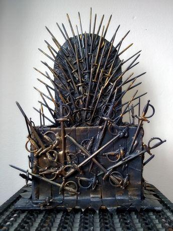 Подставка для телефона Железный трон