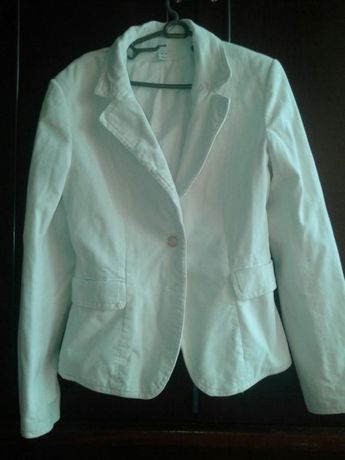 Продавам дамско сако