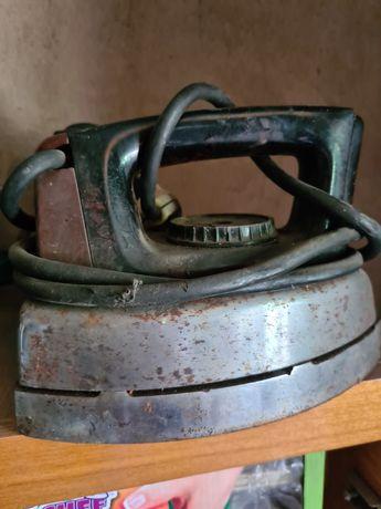 Старые производственные утюги Алматы