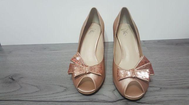 Pantofi Wittner